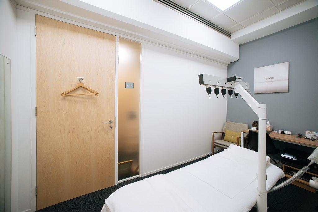 Marcio Amaral Treatment room Baker Street, London